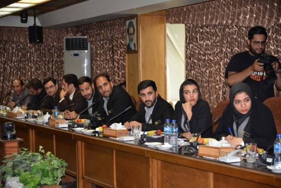 دیدار صمیمانه مجمع جوانان استان همدان با وزیر ورزش و جوانان