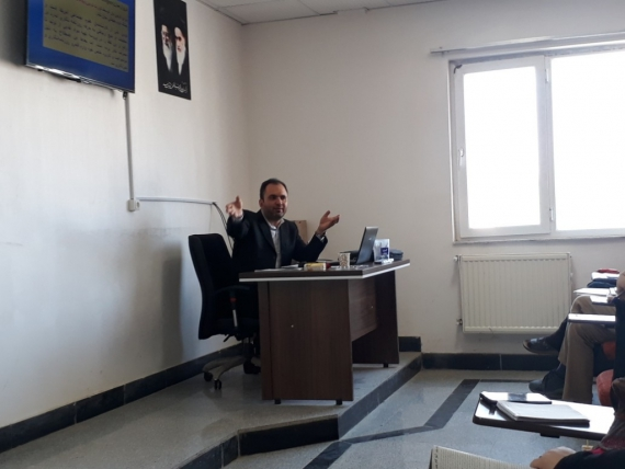 کارگاه آموزشی سواد رسانه ای با موضوع خبرنویسی در همدان