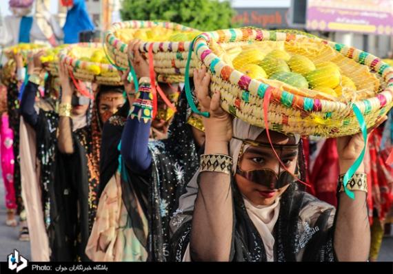 تصاویر/جشنواره شکرگزاری انبه در میناب