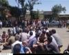 تجمع کارکنان ذوب آهن برابر استانداری/ 16 ماه بدون حقوق!+عکس