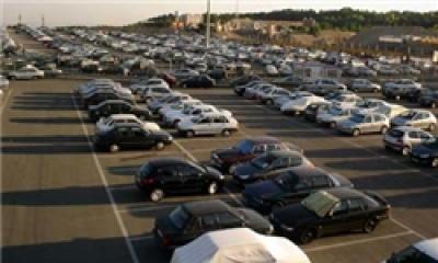 نرخ مصوب پارکينگها بايد متناسب با ارائه خدمات باشد